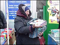 Woman selling cigarettes in Chisinau
