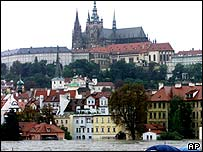 2002 floods; the swollen Vltava river threatens Prague's historic Old Town
