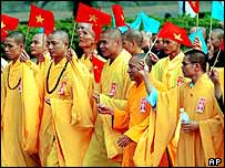 Vietnamese monks