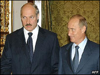 Belarus president (left) with Russian President Putin, 2003