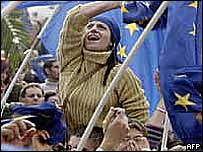 'Yes' supporters celebrate result of EU accession vote