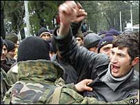 2004: Ajarian forces stop Abashidze supporters from confronting supporters of Georgian president