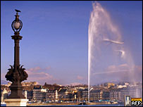 Plume of the Jet d'Eau soars 140 metres above Lake Geneva