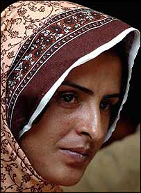 Mukhtar Mai at Islamabad press conference 5 March 2005