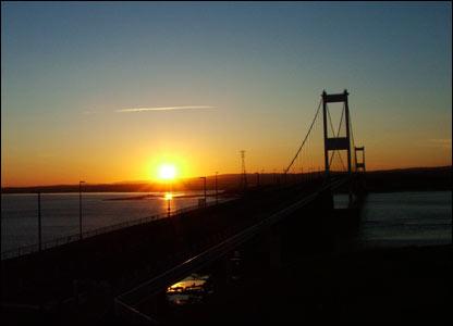 The old Severn Bridge Crossing taken at sunset (Aaron Jones, Pontardawe)