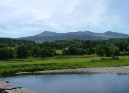 Ieuan James of Dolgellau sent in this impressive shot of Cader Idris