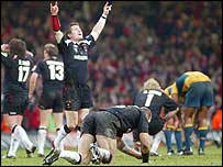 Wales celebrate victory over Australia in 2005