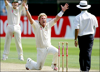 Shane Warne appeals for an lbw decision