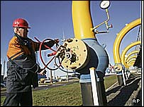 Belarus an important transit route for gas to Poland, Germany