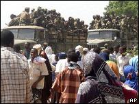Ethiopian troops ride in lorries, Mogadsihu, December 2006