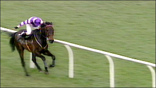 Party Politics wins the 1992 Grand National