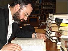 Moshe Eliahu studying Torah, Jerusalem