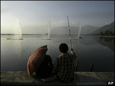 Fishing on Dal Lake