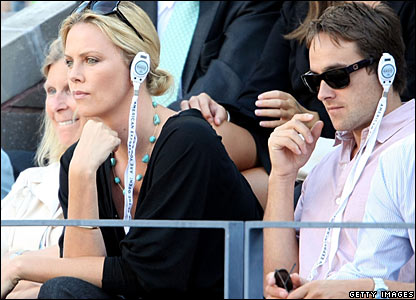 Actors Charlize Theron and Stuart Townsend