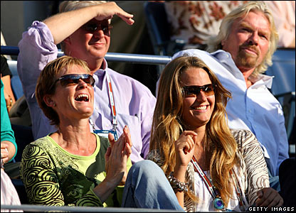 Judy Murray, Kim Sears and Richard Branson (Back right)