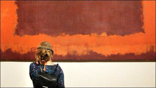 Woman at Rothko exhibition