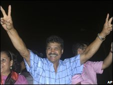 Former boxing champion Alexis Arguello claims victory in Managua�s mayoral election on 10 November 2008