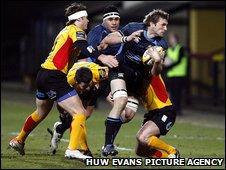 Warriors' John Barclay finds the going tough at Firhill