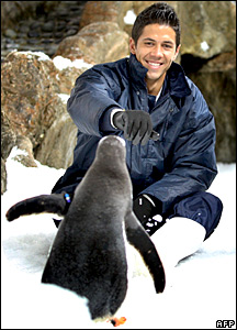 Fernando Verdasco with some penguins