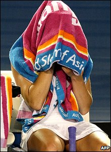 Vera Zvonareva under a towel