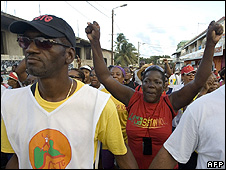 Workers' protest in Le Moule, Guadeloupe, 14 Feb 09