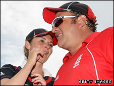 England coach Mark Lane (right) with skipper Charlotte Edwards