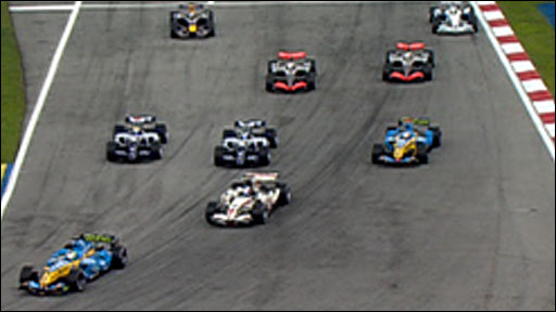 Giancarlo Fisichella leads the 2006 Malaysian Grand Prix
