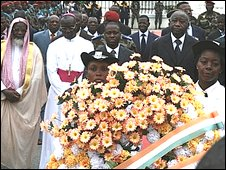 President Laurent Gbagbo and other leaders at a ceremony mourning the people killed in the Abidjan football tragedy