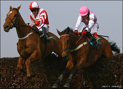 Paddy Flood and Schindlers Hunt, Robert Thornton and Voy Por Ustedes