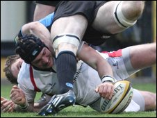 Ulster's David Pollock scores Ulster's first try