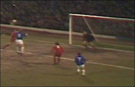 1971: Brian Clark scores one of the most memorable goals in Cardiff City history against Real Madrid in a European Cup Winners Cup tie