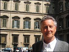 David Willey outside the Palazzo Doria Pamphilj