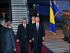 Joe Biden arrives in Sarajevo (19 May 2009)