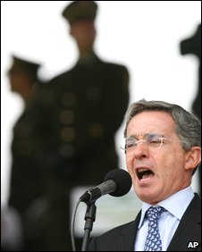 Colombia's President Alvaro Uribe delivers a speech at the police academy in Bogota, on 11 May