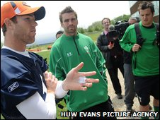 Wales' squad meet Robbie Gould of the Chicago Bears