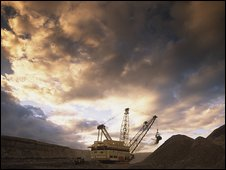 Dragline at Bulga thermal coal operation, Australia