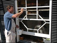 Elaborate sash window