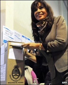 President Cristina Fernandez casts her vote in Sunday's elections