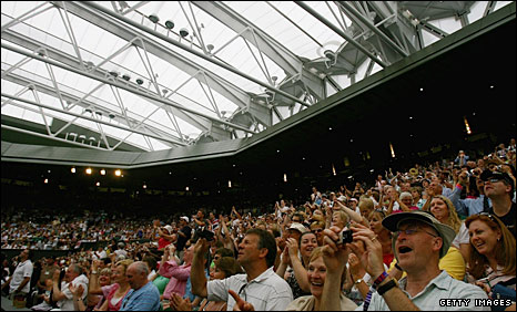 The Centre Court roof
