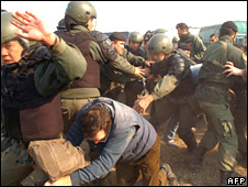 Farmers and police clash in Argentina in June 2008