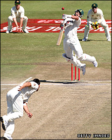 Jacques Kallis is hit on the chin by a short Mitchell Johnson delivery
