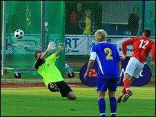 Jean-Paul Martyn gives Jersey the lead