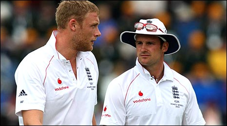 Andrew Flintoff (left) and Andrew Strauss