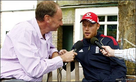BBC cricket correspondent Jonathan Agnew interviews England all-rounder Andrew Flintoff