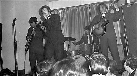 The Zodiacs circa 1970 featuring singer Roy Williams at the Ysgubor wen nightclub in Aberdare