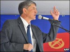Almazbek Atambayev, July 2009