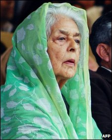 Gayatri Devi as a guest at the Jaipur Polo Ground in 2007