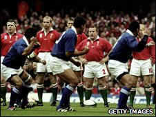 Wales front up to the Samoan war dance before the 1999 World Cup game