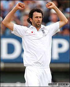 Graham Onions celebrates taking a wicket
