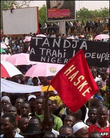 Demonstrators in Naimey, July 2009